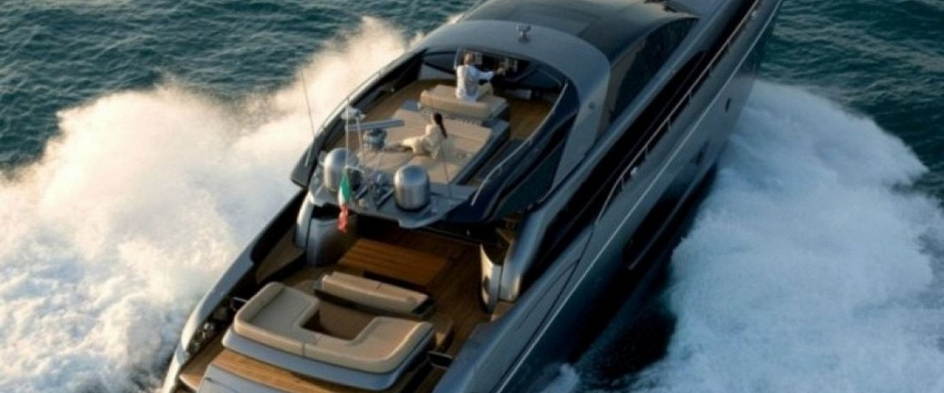 Yacht-Rhino-From-Above-665x461